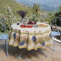 Floral tablecloth printed Roses et lavandes in scene
