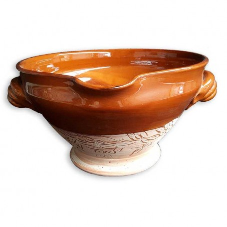 Tian dish for oven baking in terracotta