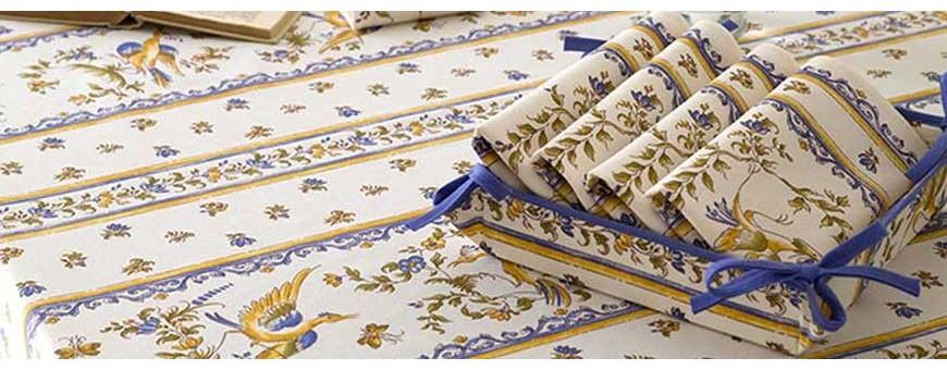 Assortissez nappe de table et serviette avec un grand choix