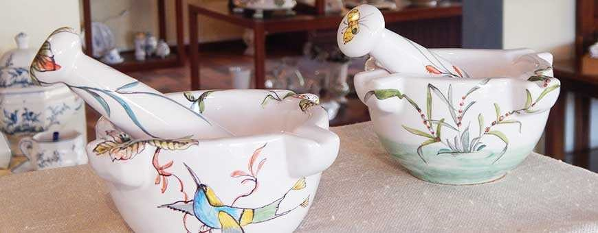 Unique ashtray gifts in handmade french pottery of Provence