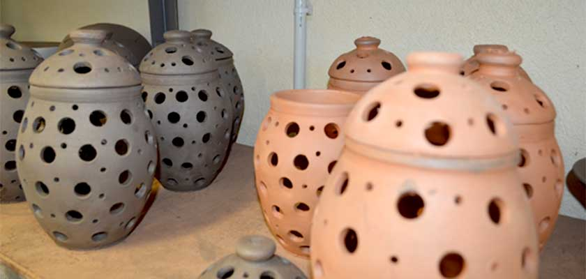 ceramics-pottery-drying