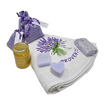 bathroom linen saop and lavender from Provence